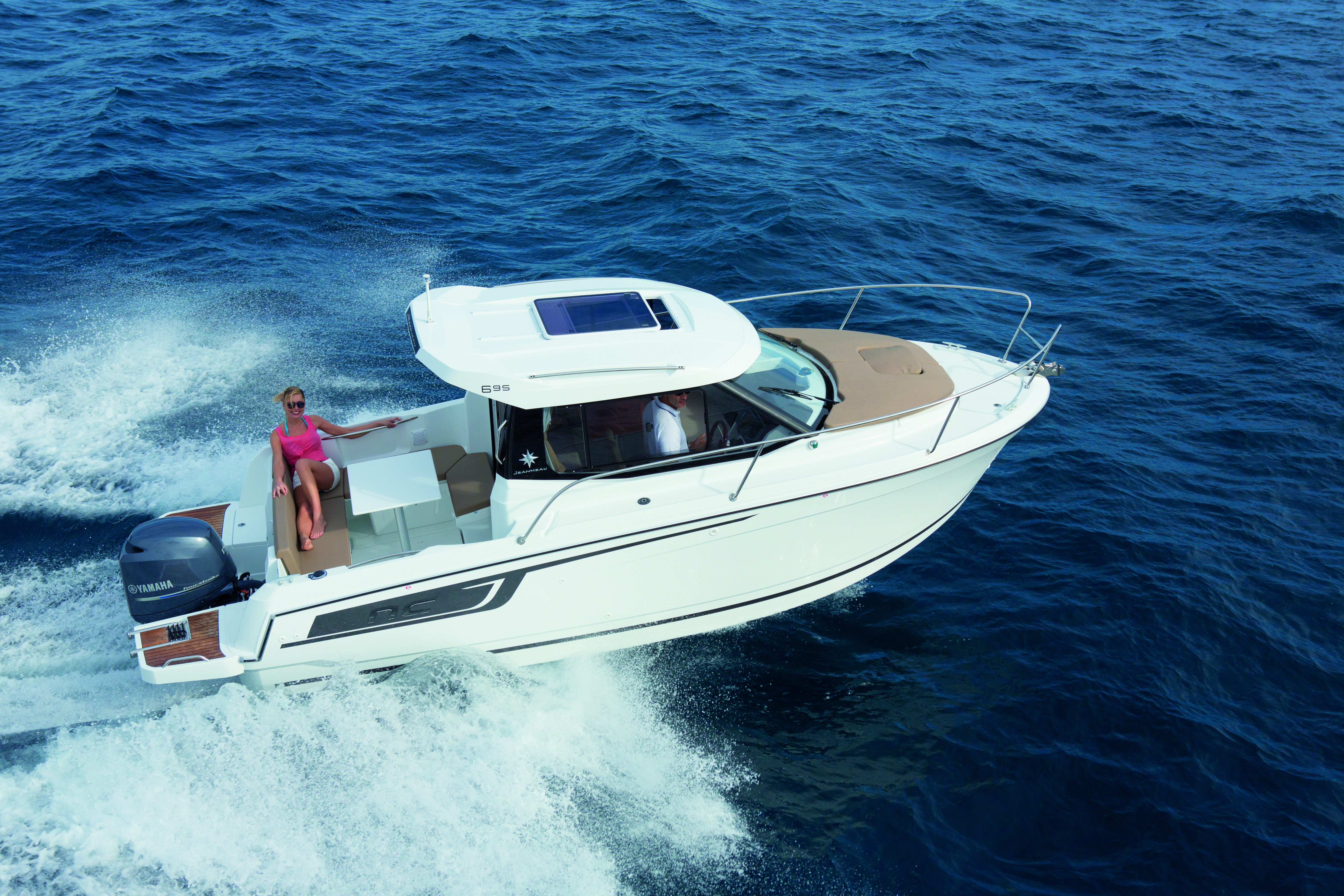 nautique boats sale cruisers yachts pre cruiser used ski wake boarding air xpreownedinventory cabin for cabins super surfing owned