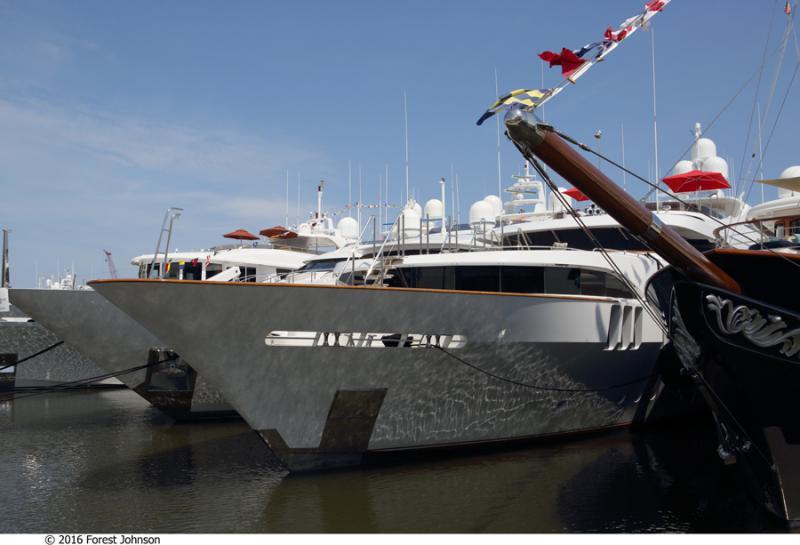 Dyt Yacht Transport/sevenstar Transport