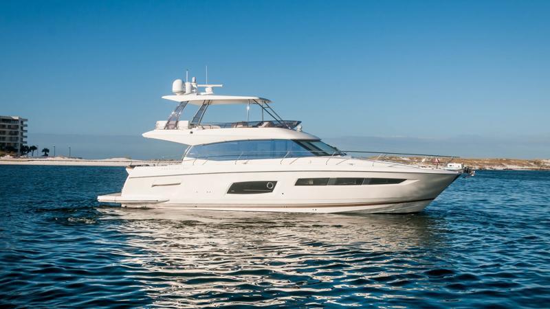 Prestige Flybridge Motor Yacht 2015