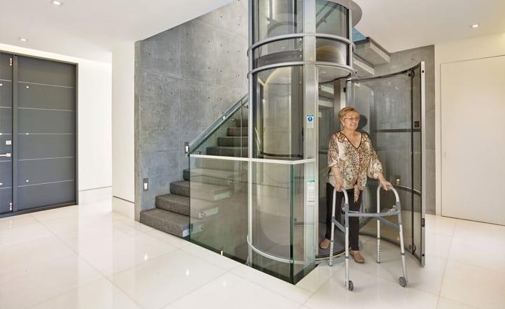PVE52 - Yacht Elevator