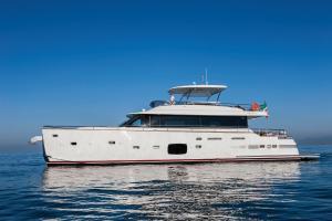 Azimut Yachts Magellano 76