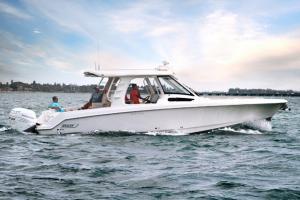 Boston Whaler 350 Realm 2018