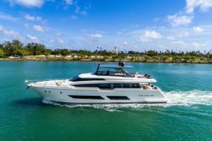 Ferretti Yachts  850 2018