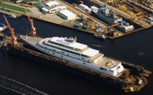 Yachts & Cruise ships