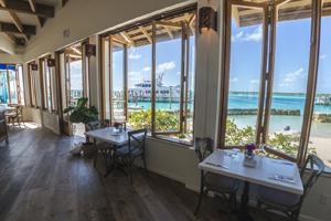 Dining - Staniel Cay Yacht Club