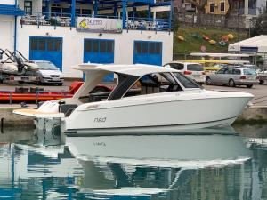 Greenline Yachts - NEO - Hardtop