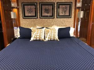 Custom Boat Bedding: Custom Duvet Covers