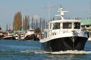 American Tug 485 bow moving